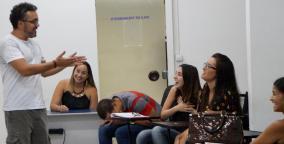 oratória e teatro para administrar o medo de errar ao falar em público
